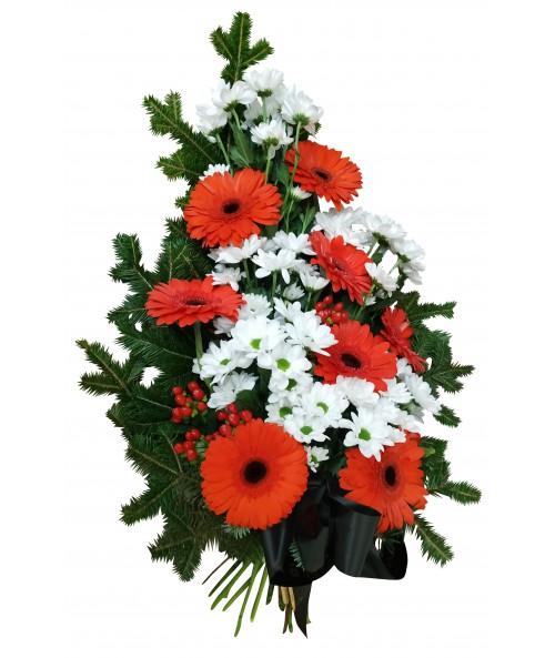 Červené gerbery a bílé chryzanthémy