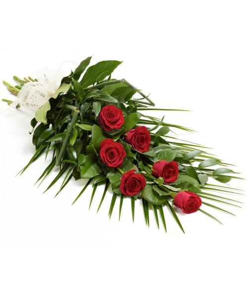 6 červených růží