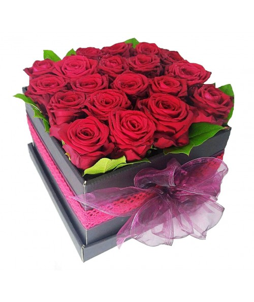 Red roses in box